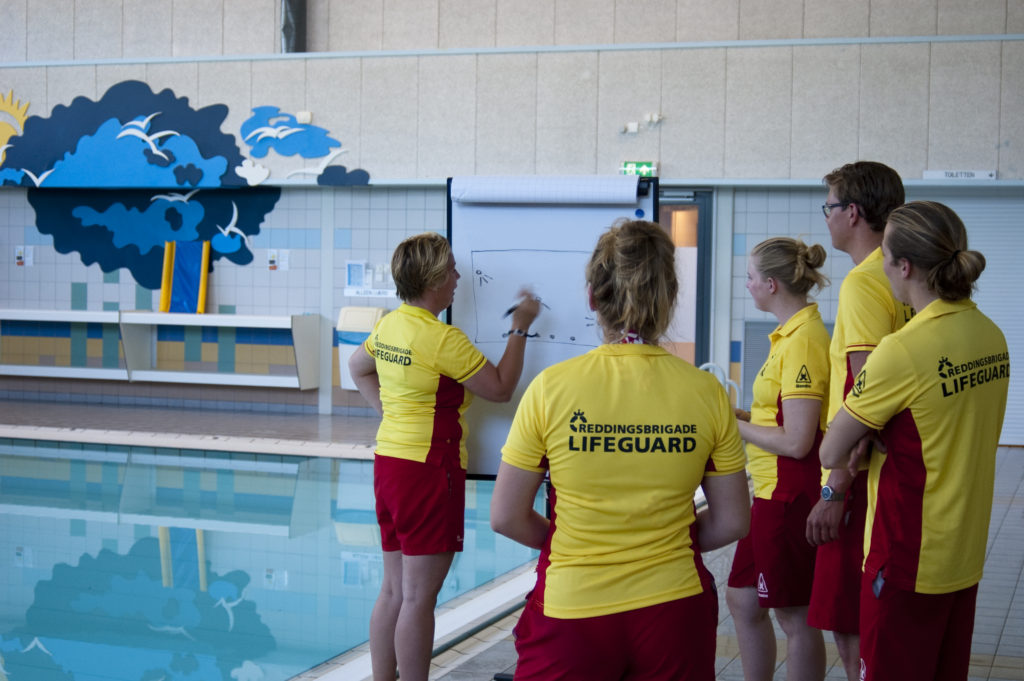 Instructeursopleiding zwemles reddingsbrigade IJmuiden